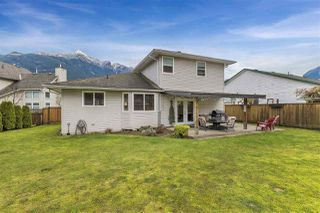 Photo 2: 21007 GREENWOOD Drive in Hope: Hope Kawkawa Lake House for sale : MLS®# R2326154