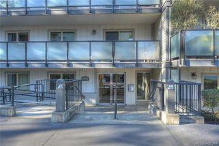 Photo 3: 305 1436 Harrison St in VICTORIA: Vi Downtown Condo Apartment for sale (Victoria)  : MLS®# 802909