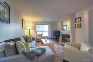 Photo 7: 305 1436 Harrison St in VICTORIA: Vi Downtown Condo Apartment for sale (Victoria)  : MLS®# 802909