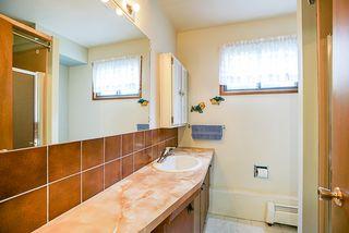 Photo 34: 14166 MALABAR Avenue: White Rock House for sale (South Surrey White Rock)  : MLS®# R2330386
