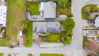 Photo 38: 14166 MALABAR Avenue: White Rock House for sale (South Surrey White Rock)  : MLS®# R2330386