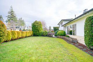 Photo 4: 14166 MALABAR Avenue: White Rock House for sale (South Surrey White Rock)  : MLS®# R2330386