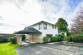 Photo 5: 14166 MALABAR Avenue: White Rock House for sale (South Surrey White Rock)  : MLS®# R2330386