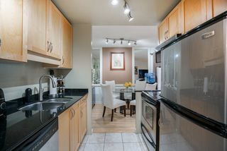 """Photo 7: 101 1396 BURNABY Street in Vancouver: West End VW Condo for sale in """"THE BRAMBLEBERRY"""" (Vancouver West)  : MLS®# R2340187"""