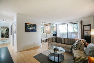 """Photo 4: 101 1396 BURNABY Street in Vancouver: West End VW Condo for sale in """"THE BRAMBLEBERRY"""" (Vancouver West)  : MLS®# R2340187"""