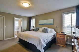 Photo 12: 1368 KENT Street: White Rock House for sale (South Surrey White Rock)  : MLS®# R2346656