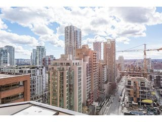"""Photo 18: 805 1177 HORNBY Street in Vancouver: Downtown VW Condo for sale in """"London Place"""" (Vancouver West)  : MLS®# R2352384"""
