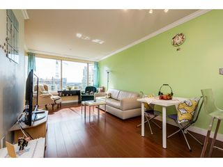 """Photo 3: 805 1177 HORNBY Street in Vancouver: Downtown VW Condo for sale in """"London Place"""" (Vancouver West)  : MLS®# R2352384"""