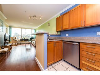 """Photo 10: 805 1177 HORNBY Street in Vancouver: Downtown VW Condo for sale in """"London Place"""" (Vancouver West)  : MLS®# R2352384"""