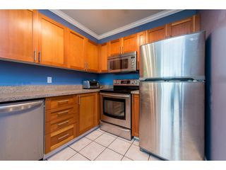 """Photo 9: 805 1177 HORNBY Street in Vancouver: Downtown VW Condo for sale in """"London Place"""" (Vancouver West)  : MLS®# R2352384"""