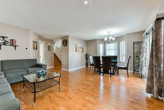 Photo 4: 17 8250 121A Street in Surrey: Queen Mary Park Surrey Townhouse for sale : MLS®# R2356301