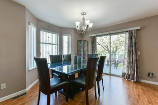 Photo 5: 17 8250 121A Street in Surrey: Queen Mary Park Surrey Townhouse for sale : MLS®# R2356301