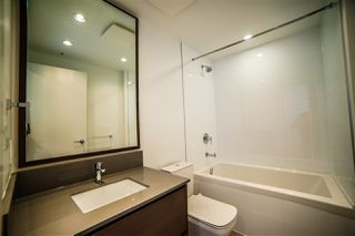 Photo 3: 4310 4670 ASSEMBLY Way in Burnaby: Metrotown Condo for sale (Burnaby South)  : MLS®# R2359869