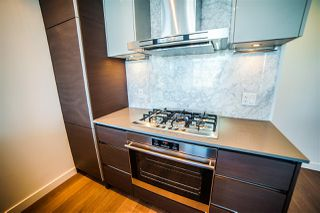 Photo 9: 4310 4670 ASSEMBLY Way in Burnaby: Metrotown Condo for sale (Burnaby South)  : MLS®# R2359869