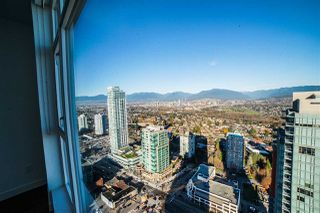 Photo 2: 4310 4670 ASSEMBLY Way in Burnaby: Metrotown Condo for sale (Burnaby South)  : MLS®# R2359869