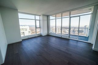 Photo 5: 4310 4670 ASSEMBLY Way in Burnaby: Metrotown Condo for sale (Burnaby South)  : MLS®# R2359869