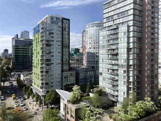 "Photo 2: 1403 1001 RICHARDS Street in Vancouver: Downtown VW Condo for sale in ""MIRO"" (Vancouver West)  : MLS®# R2361718"