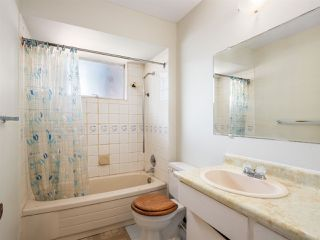 Photo 10: 5557 STAMFORD Street in Vancouver: Collingwood VE House for sale (Vancouver East)  : MLS®# R2365631