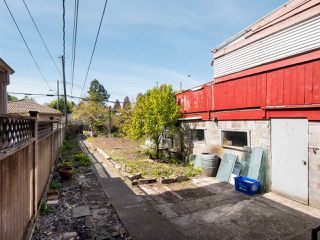 Photo 15: 5557 STAMFORD Street in Vancouver: Collingwood VE House for sale (Vancouver East)  : MLS®# R2365631