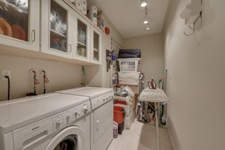 Photo 28: 1601 11503 100 Avenue in Edmonton: Zone 12 Condo for sale : MLS®# E4156267