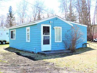 Photo 2: 5037 Crestview Drive: Rural Lac Ste. Anne County Cottage for sale : MLS®# E4156284