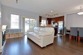 "Photo 3: 25 11393 STEVESTON Highway in Richmond: Ironwood Townhouse for sale in ""IRONWOOD/KINSBERRY"" : MLS®# R2370059"