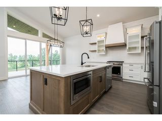 "Photo 6: 12 50778 LEDGESTONE Place in Chilliwack: Eastern Hillsides House for sale in ""SUNRIDGE"" : MLS®# R2372387"