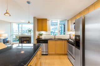 """Photo 7: 409 1425 W 6TH Avenue in Vancouver: False Creek Condo for sale in """"MODENA"""" (Vancouver West)  : MLS®# R2375255"""