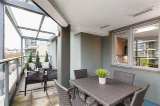 """Photo 15: 409 1425 W 6TH Avenue in Vancouver: False Creek Condo for sale in """"MODENA"""" (Vancouver West)  : MLS®# R2375255"""