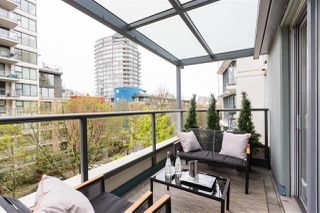 """Photo 16: 409 1425 W 6TH Avenue in Vancouver: False Creek Condo for sale in """"MODENA"""" (Vancouver West)  : MLS®# R2375255"""