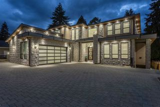 Photo 1: 1125 BARTLETT Avenue in Coquitlam: Harbour Chines House for sale : MLS®# R2376031
