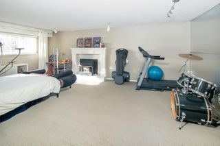 """Photo 16: 8311 ROSEBANK Crescent in Richmond: South Arm House for sale in """"SOUTH ARM"""" : MLS®# R2378772"""