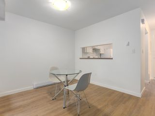 "Photo 7: 6 960 W 13TH Avenue in Vancouver: Fairview VW Townhouse for sale in ""BRICKHOUSE"" (Vancouver West)  : MLS®# R2381516"
