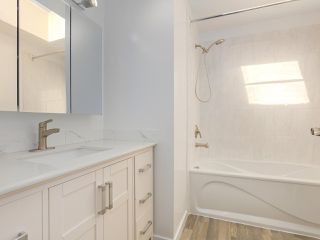 "Photo 16: 6 960 W 13TH Avenue in Vancouver: Fairview VW Townhouse for sale in ""BRICKHOUSE"" (Vancouver West)  : MLS®# R2381516"