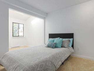 "Photo 13: 6 960 W 13TH Avenue in Vancouver: Fairview VW Townhouse for sale in ""BRICKHOUSE"" (Vancouver West)  : MLS®# R2381516"