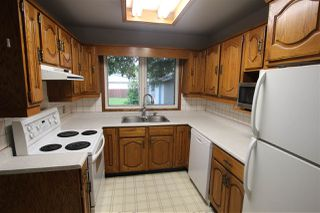 Photo 5: 16131 109A Avenue in Edmonton: Zone 21 House for sale : MLS®# E4162708