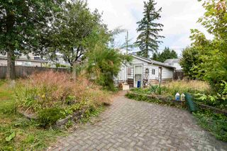Photo 3: 13547 67A Avenue in Surrey: West Newton House for sale : MLS®# R2386581