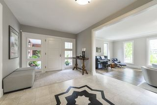 Photo 2: 12 Valleyview Point in Edmonton: Zone 10 House for sale : MLS®# E4165397