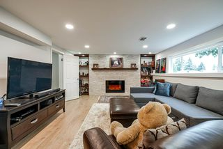 Photo 15: 2190 PAULUS Crescent in Burnaby: Montecito House for sale (Burnaby North)  : MLS®# R2390942