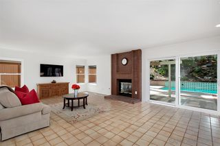 Photo 8: ENCINITAS House for sale : 4 bedrooms : 318 Via Andalusia