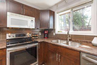 Photo 11: B 2319 Sooke Rd in VICTORIA: Co Wishart North Half Duplex for sale (Colwood)  : MLS®# 827909