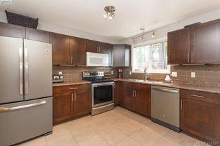 Photo 10: B 2319 Sooke Rd in VICTORIA: Co Wishart North Half Duplex for sale (Colwood)  : MLS®# 827909