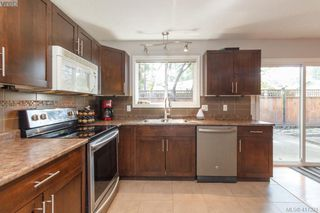 Photo 12: B 2319 Sooke Rd in VICTORIA: Co Wishart North Half Duplex for sale (Colwood)  : MLS®# 827909