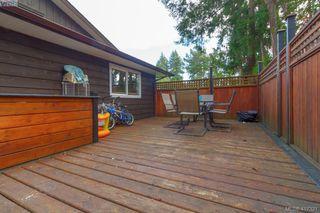 Photo 23: B 2319 Sooke Rd in VICTORIA: Co Wishart North Half Duplex for sale (Colwood)  : MLS®# 827909