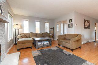 Photo 4: B 2319 Sooke Rd in VICTORIA: Co Wishart North Half Duplex for sale (Colwood)  : MLS®# 827909