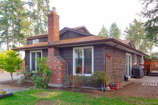 Photo 25: B 2319 Sooke Rd in VICTORIA: Co Wishart North Half Duplex for sale (Colwood)  : MLS®# 827909