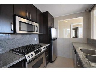 Photo 5: 1601 5088 KWANTLEN Street in Richmond: Brighouse Condo for sale : MLS®# R2424221