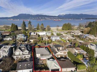 "Photo 19: 4530 BELMONT Avenue in Vancouver: Point Grey House for sale in ""Point Grey"" (Vancouver West)  : MLS®# R2440130"
