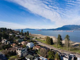 "Photo 20: 4530 BELMONT Avenue in Vancouver: Point Grey House for sale in ""Point Grey"" (Vancouver West)  : MLS®# R2440130"