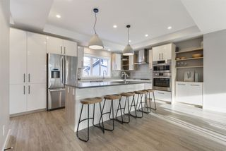 Photo 10: 7574B 110 Avenue in Edmonton: Zone 09 House for sale : MLS®# E4191182